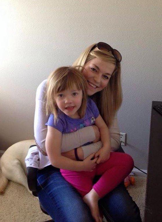Tříletá holčička trpící epilepsií se léčí pomocí marihuany - Obrázek 5