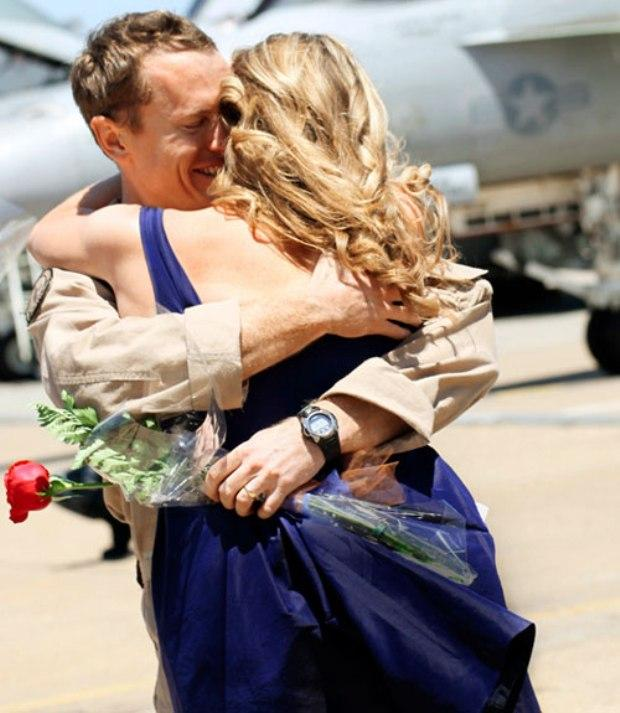 Ben Horn s manželkou Caitlin, Virginia Beach, VA