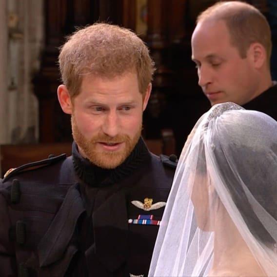 Co řekl princ Harry Meghan před oltářem? 1