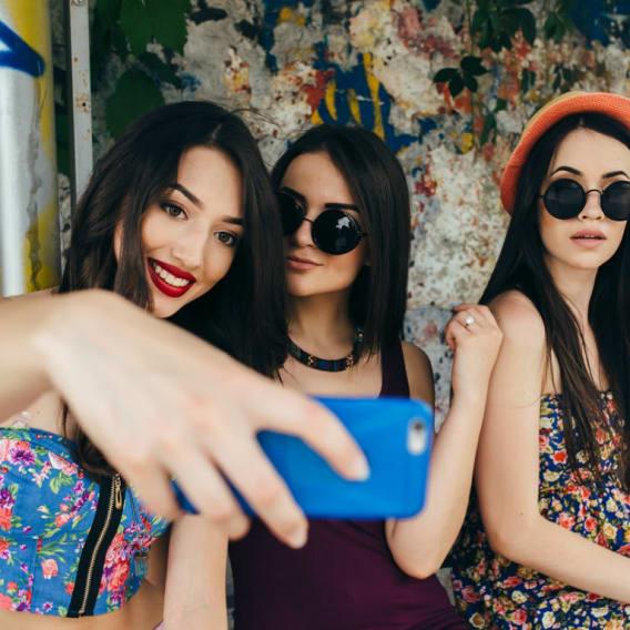 Co si ženy googlují, když jsou samy? 1