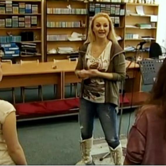 Video VIP zpráv: Linda Finková učitelkou
