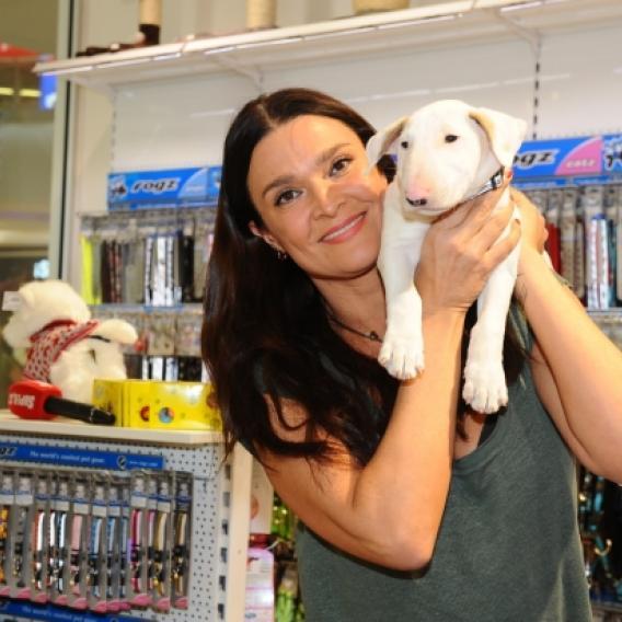 Video VIP zprávy: Mahulena Bočanová a její pes