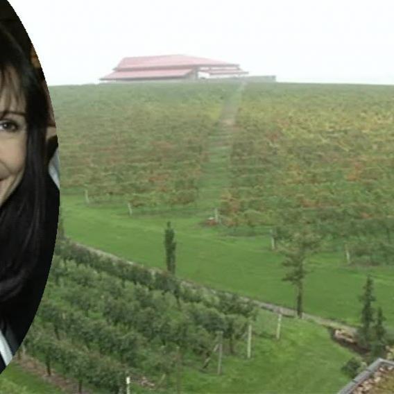 Video VIP zprávy: Nela Boudová zase vyrazila na cesty. Podívejte se, kam se vydala tentokrát