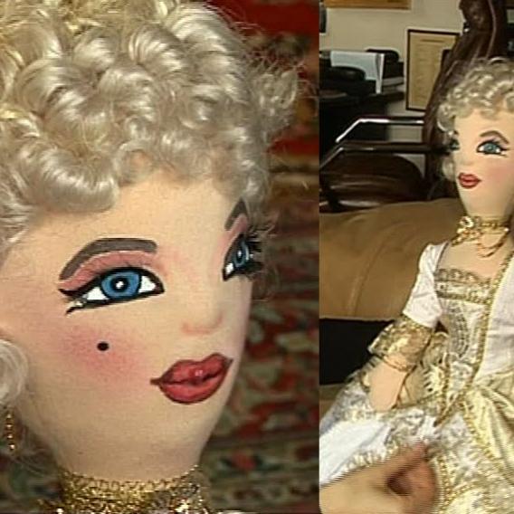 Video VIP zprávy: Připomíná vám tahle panenka muzikálovou roli jedné z Gottových dcer? Pak jste se trefili