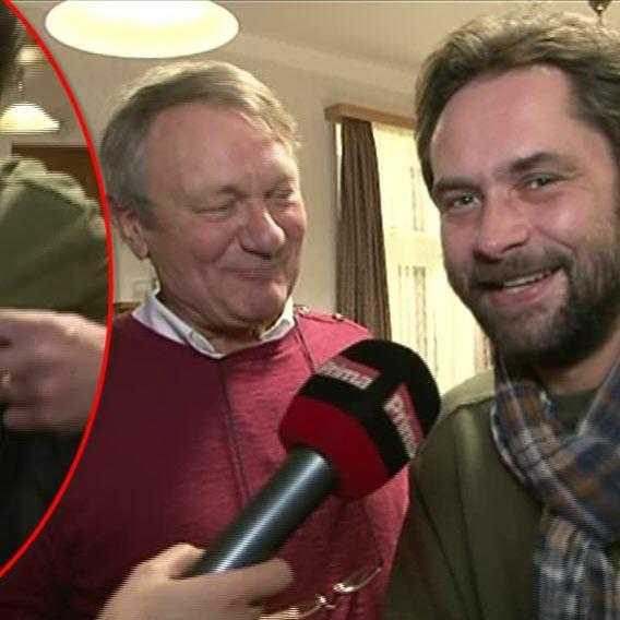 Video VIP zprávy: Pořídit vážně míněný rozhovor s hercem Filipem Čapkou je téměř nemožné. Nevěříte? Tak se podívejte!