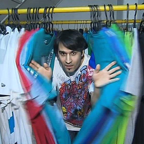 Video VIP zprávy: Radek Banga nás pustil do svého šatníku. Co tam všechno má?