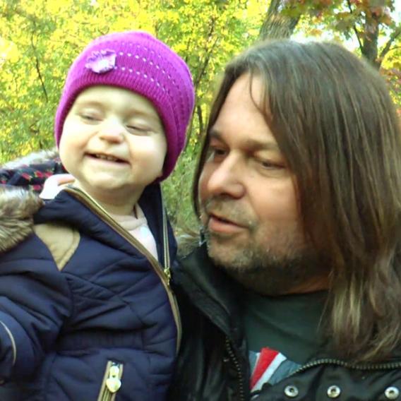 Z Jiřího Pomeje se stal otec na mateřské. Je spokojený!