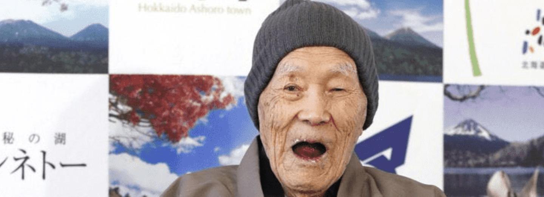 Nejstarším mužem světa je Japonec Masazo Nonaka