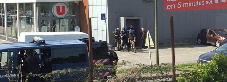 Teror na jihu Francie: Šestadvacetiletý Maročan zabil nejméně tři lidi. Policie ho zastřelila