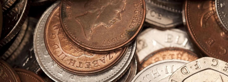 Peníze ve formě mincí známe už hodně dlouho.