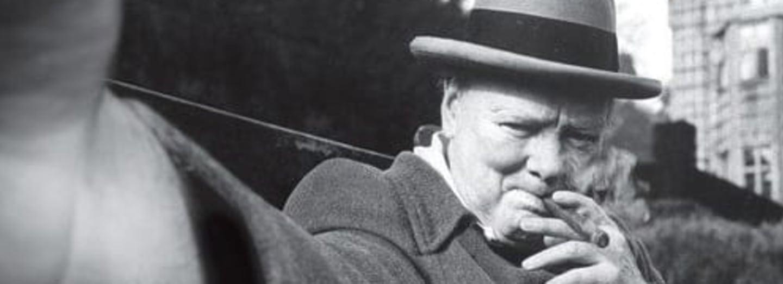 Churchill v Dardanelské úžině ztratil šest bitevních lodí