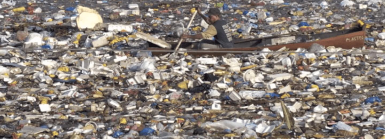 Znečišťování Pacifiku plastovým odpadem