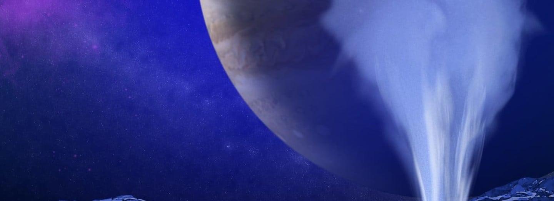 Hubbleův teleskop zaznamenal na povrchu Europy viditelné gejzíry vody