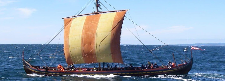 Replika vikinské lodi Mořský hřebec