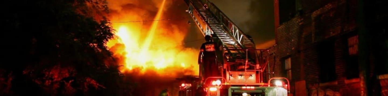 Detroit v plamenech